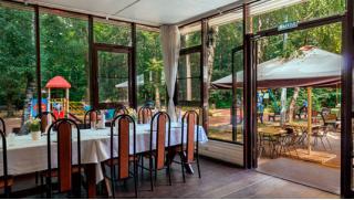 Отлично посидим! Любые блюда и напитки в кафе «Фасоль» со скидкой 50%! Приходи не один, будет весело!