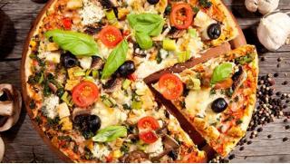 Пекарня пицца доставка! Горячие сеты из осетинских пирогов и пиццы от Пекарни «ПиццаТорг» со скидкой 70%!