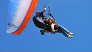 Стихия покоряется только смелым! Тандемный полет на параплане с инструктором от компании Energy Fly! Скидка 61%!