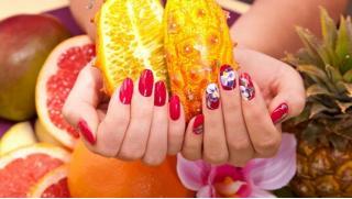 Маникюр и педикюр со скидкой 50% от студии 100 Shades-Nails! Мужской и женский, комплексный, наращивание ногтей и не только!