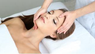 Клиника Luxury Med! Скидки на косметологию до 75%! Чистка лица, мезотерапия, контурная пластика, мезонити и многое другое!
