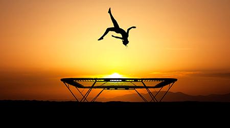 Прыжки на батуте: 100% положительных эмоций со скидкой до 52% от Kuponmania